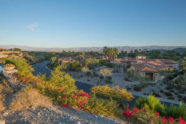 40 Desert Vista Drive, Palm Desert, CA 92260 (MLS #219039435) :: The Sandi Phillips Team