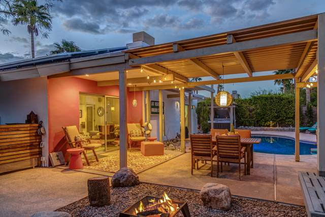 2580 N Aurora Drive, Palm Springs, CA 92262 (MLS #219039607) :: Brad Schmett Real Estate Group