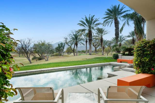 55515 Southern Hills, La Quinta, CA 92253 (MLS #219039621) :: The Sandi Phillips Team