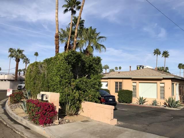 967 E E Camino Parocela, Palm Springs, CA 92264 (MLS #219040396) :: The Sandi Phillips Team