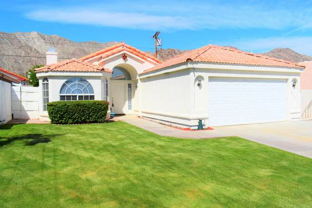 52795 Avenida Ramirez, La Quinta, CA 92253 (MLS #219041659) :: The Sandi Phillips Team