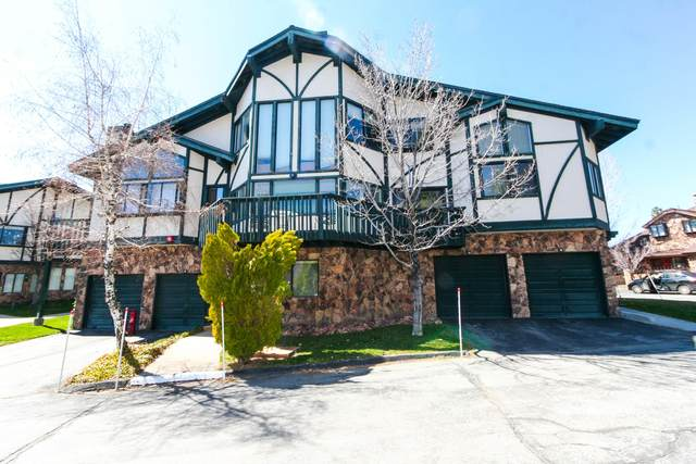 39802 Lakeview Court #15, Big Bear Lake, CA 92315 (MLS #219041717) :: The John Jay Group - Bennion Deville Homes