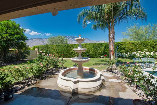 1820 E Racquet Club Road, Palm Springs, CA 92262 (MLS #219042844) :: The Sandi Phillips Team