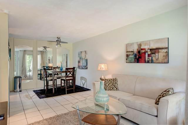 420 N Villa Ct, Palm Springs, CA 92262 (MLS #219043145) :: The Sandi Phillips Team
