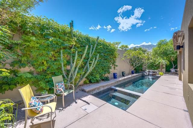 2943 Candlelight Lane, Palm Springs, CA 92264 (#219043349) :: The Pratt Group