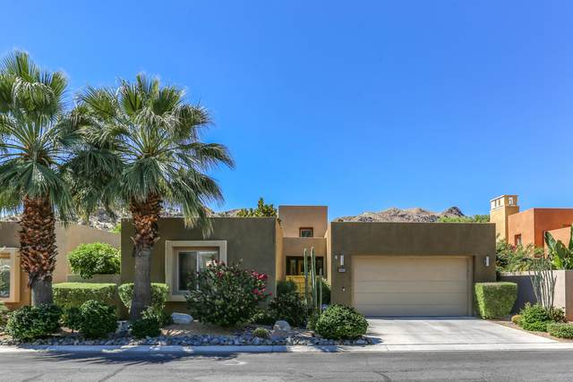 3003 Candlelight Lane, Palm Springs, CA 92264 (#219043375) :: The Pratt Group