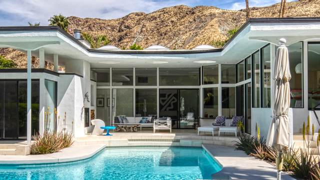 1444 E Murray Canyon Drive, Palm Springs, CA 92264 (MLS #219043475) :: Brad Schmett Real Estate Group