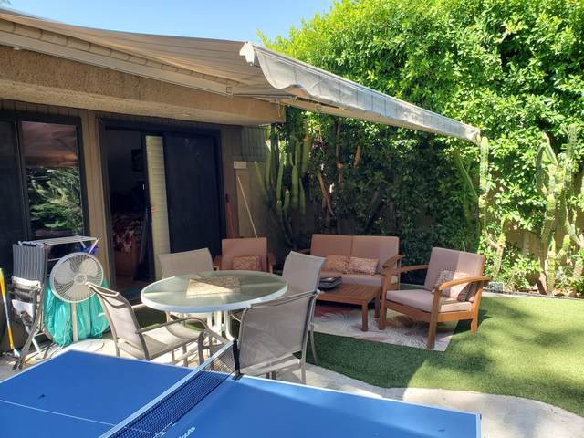 471 Bradshaw, Palm Springs, CA 92262 (MLS #219043567) :: Brad Schmett Real Estate Group