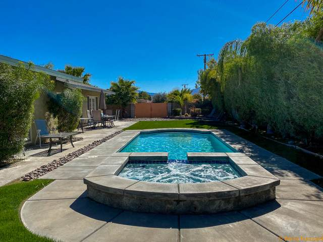 2901 N Chuperosa Road, Palm Springs, CA 92262 (#219043632) :: The Pratt Group