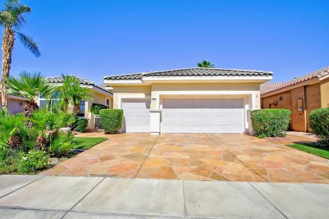 35315 Summerland Avenue, Palm Desert, CA 92211 (MLS #219043649) :: The Sandi Phillips Team