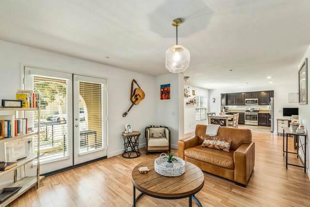 244 Paseo Bravo, Palm Desert, CA 92211 (MLS #219043676) :: Brad Schmett Real Estate Group