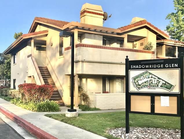 942 Lupine Hills Drive, Vista, CA 92081 (#219043738) :: The Pratt Group
