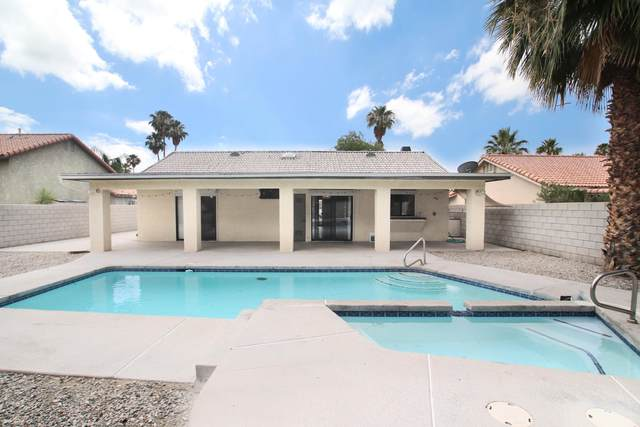 68250 Durango Road, Cathedral City, CA 92234 (MLS #219044066) :: Brad Schmett Real Estate Group