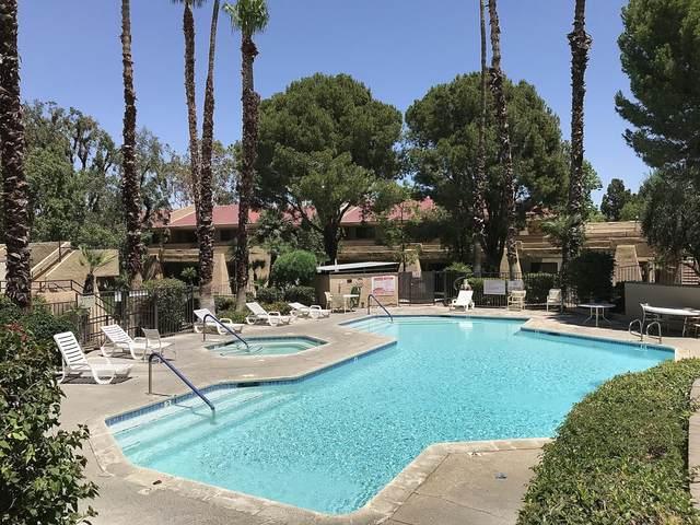 2822 N Auburn Court, Palm Springs, CA 92262 (#219044517) :: The Pratt Group