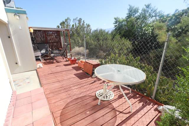 70205 Dillon Road #86, Desert Hot Springs, CA 92241 (MLS #219045260) :: Brad Schmett Real Estate Group