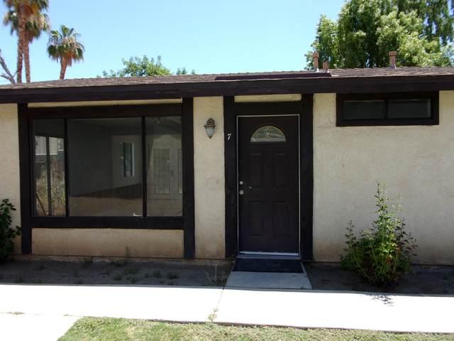 73655 Santa Rosa Way, Palm Desert, CA 92260 (MLS #219045382) :: Brad Schmett Real Estate Group