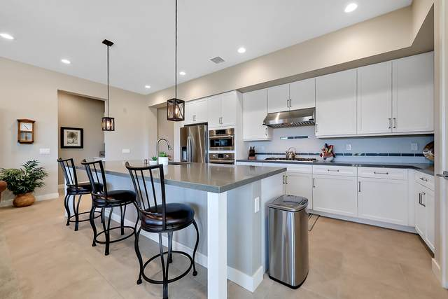 1601 Retreat Circle, Palm Desert, CA 92260 (MLS #219045439) :: The John Jay Group - Bennion Deville Homes