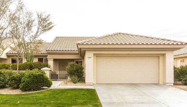 78209 Yucca Blossom Drive, Palm Desert, CA 92211 (MLS #219045481) :: The Sandi Phillips Team