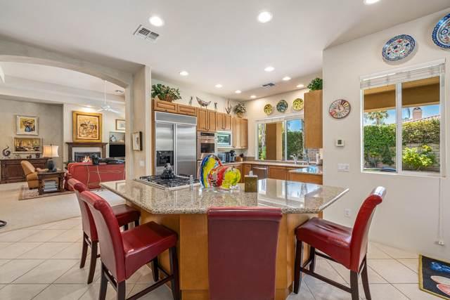 13 Varsity Circle, Rancho Mirage, CA 92270 (MLS #219045808) :: The Jelmberg Team