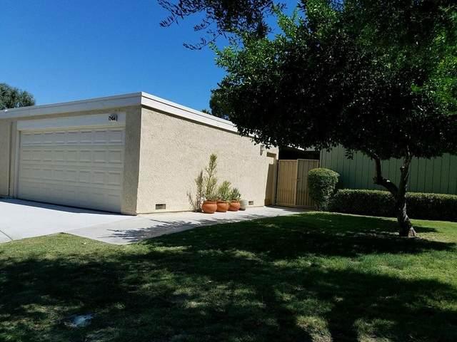 72459 Rodeo Way, Rancho Mirage, CA 92270 (MLS #219045900) :: The Jelmberg Team
