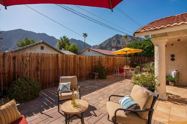 53420 Avenida Navarro, La Quinta, CA 92253 (MLS #219046572) :: The John Jay Group - Bennion Deville Homes