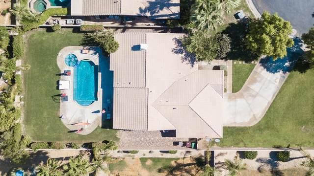 45910 La Reina Court, La Quinta, CA 92253 (MLS #219047063) :: Brad Schmett Real Estate Group