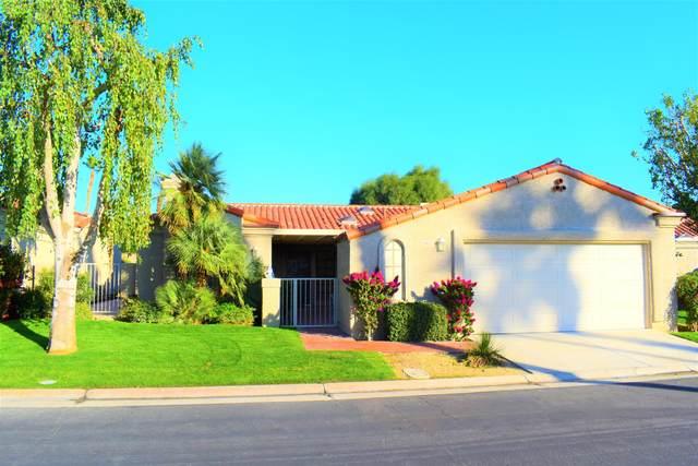 48127 Calle Seranas, La Quinta, CA 92253 (MLS #219047114) :: Brad Schmett Real Estate Group
