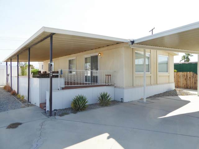 32660 Bloomfield Avenue, Thousand Palms, CA 92276 (MLS #219047152) :: Hacienda Agency Inc