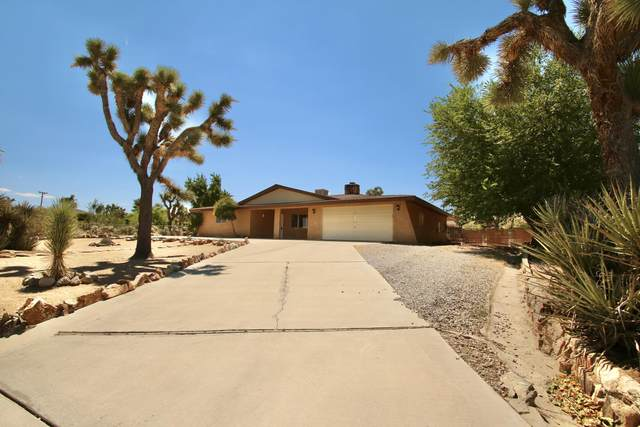 56707 Mountain View Trail, Yucca Valley, CA 92284 (MLS #219047667) :: The Sandi Phillips Team