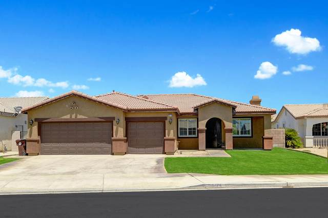 80774 Mountain Mesa Drive, Indio, CA 92201 (MLS #219048835) :: The Sandi Phillips Team