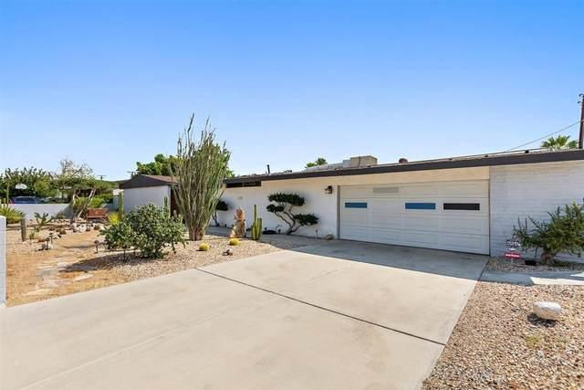 3006 N Chuperosa Road, Palm Springs, CA 92262 (MLS #219048973) :: The Sandi Phillips Team
