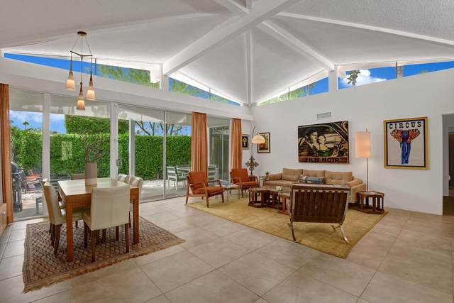 423 E San Jose Road, Palm Springs, CA 92264 (MLS #219049403) :: The John Jay Group - Bennion Deville Homes