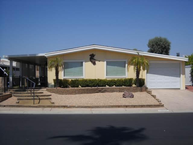 73348 Cabazon Peak Drive, Palm Desert, CA 92260 (MLS #219049410) :: The Sandi Phillips Team