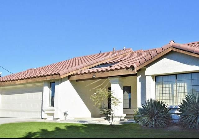 43750 Texas Avenue, Palm Desert, CA 92211 (MLS #219049956) :: The Jelmberg Team