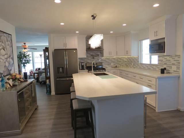 39780 Black Mesa Lane, Palm Desert, CA 92260 (MLS #219050336) :: Brad Schmett Real Estate Group
