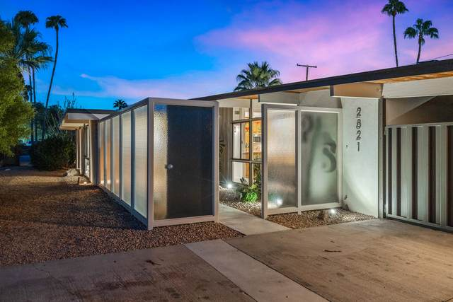 2821 E Livmor Avenue, Palm Springs, CA 92262 (MLS #219050354) :: Zwemmer Realty Group