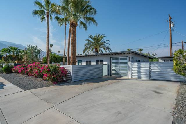 3920 E Sunny Dunes Road, Palm Springs, CA 92264 (MLS #219050977) :: Zwemmer Realty Group