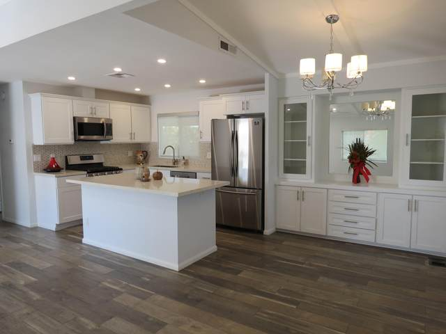 39351 Hidden Water Place, Palm Desert, CA 92260 (MLS #219051348) :: Mark Wise | Bennion Deville Homes