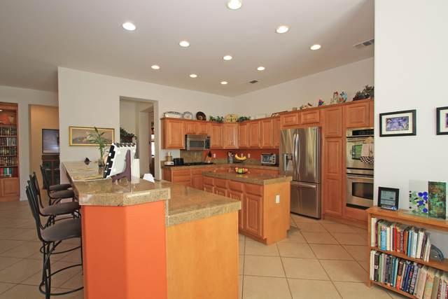 35827 Beringer Road, Palm Desert, CA 92211 (MLS #219051392) :: Zwemmer Realty Group