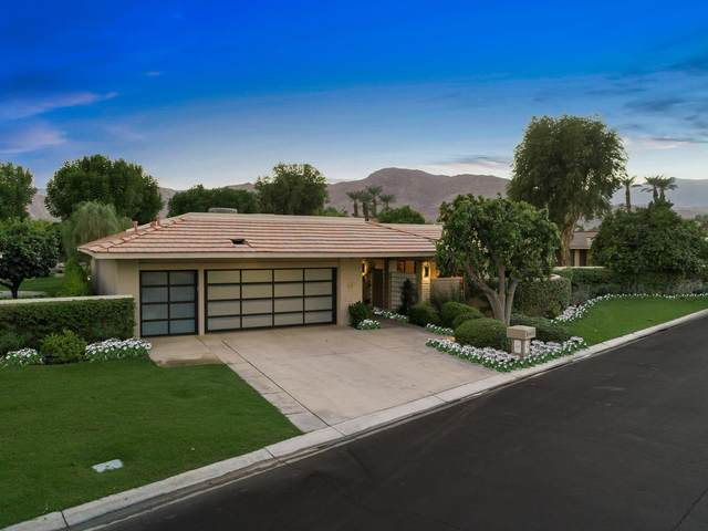 14 Cromwell Court, Rancho Mirage, CA 92270 (MLS #219051565) :: The Jelmberg Team