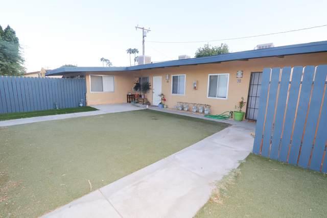 3815 E Cll De Carlos, Palm Springs, CA 92264 (MLS #219051719) :: The Jelmberg Team