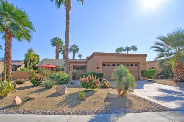 40556 Clover Lane, Palm Desert, CA 92260 (MLS #219051785) :: The Jelmberg Team