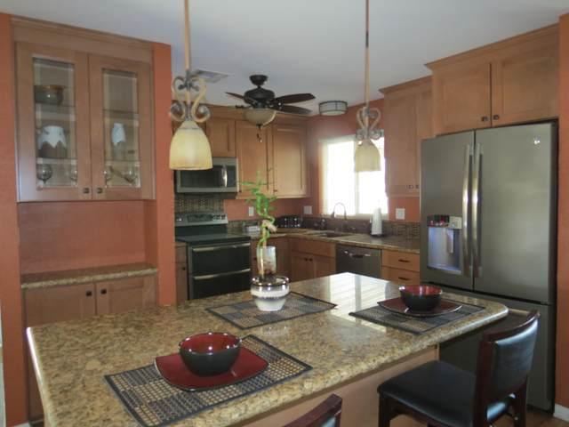 39070 Manzanita Drive, Palm Desert, CA 92260 (MLS #219051949) :: Hacienda Agency Inc