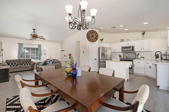 83376 Mango Walk, Indio, CA 92201 (MLS #219051975) :: Brad Schmett Real Estate Group