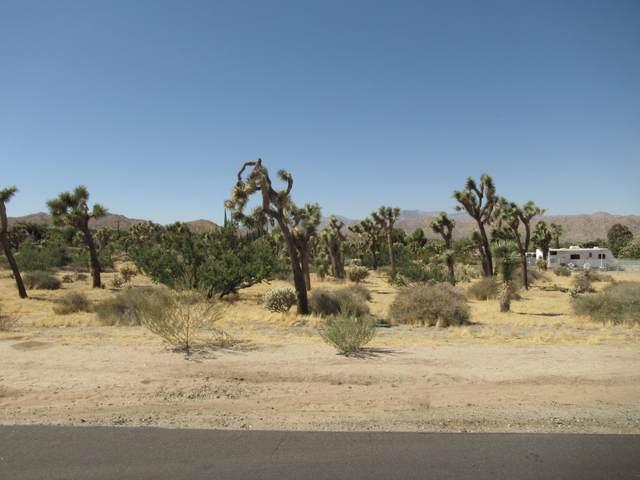 8040 Sage Avenue, Yucca Valley, CA 92284 (#219052021) :: The Pratt Group