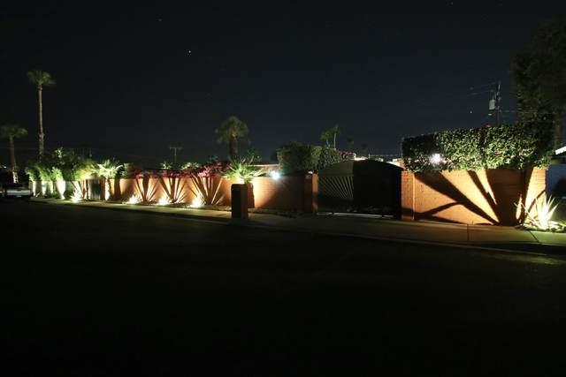 559 S Mountain View Drive, Palm Springs, CA 92264 (#219052050) :: The Pratt Group
