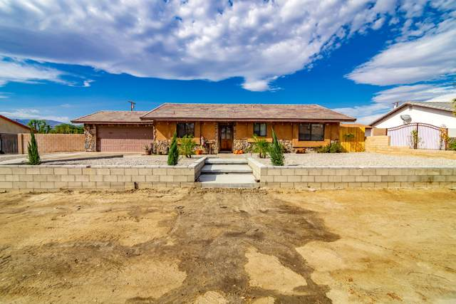 30805 Desert Palm Drive, Thousand Palms, CA 92276 (MLS #219052784) :: The Jelmberg Team
