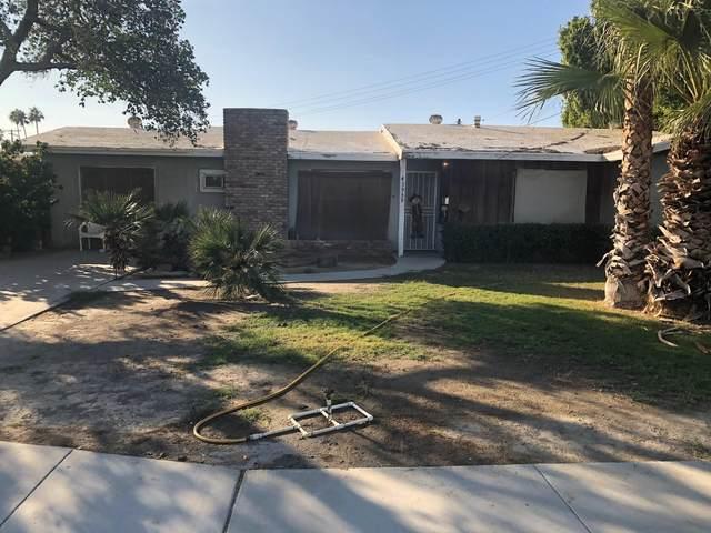 43959 Oasis Street, Indio, CA 92201 (MLS #219053057) :: The Jelmberg Team