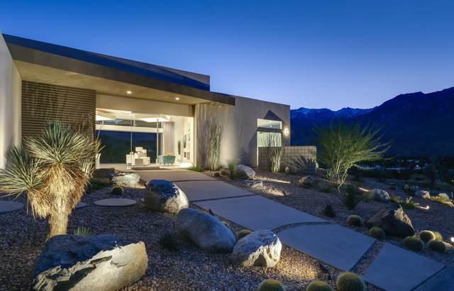 1721 Pinnacle Point, Palm Springs, CA 92264 (MLS #219053216) :: The Jelmberg Team