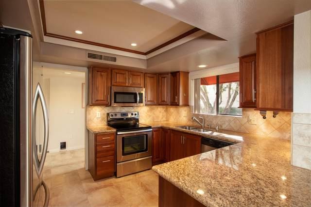 255 E Avenida Granada, Palm Springs, CA 92264 (#219053246) :: The Pratt Group